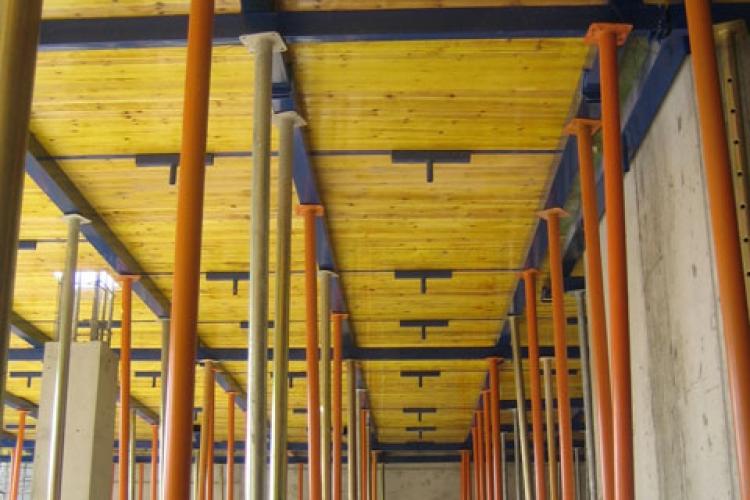 Ceilings shuttering
